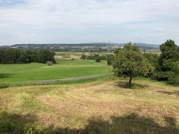 herrlicher Ausblick von Pinzberg ins Tal