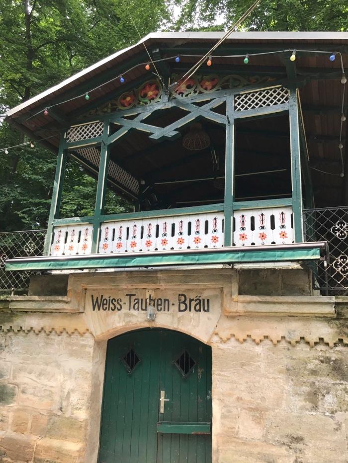Weiss-Tauben-Keller
