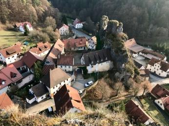 Blick hinunter nach Tüchersfeld