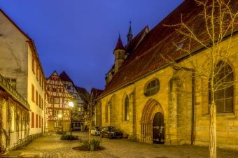 Kreisstadt Forchheim, das erste Mal urkundlich erwähnt vor 1200 Jahren mit seiner St. Martins Kirche und dem hinteren Teil des Rathauses