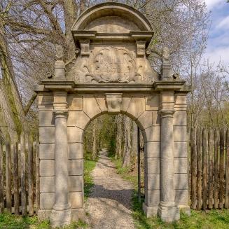 Irrhain Eingangsportal