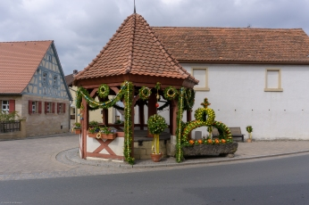 Osterbrunnen in Pinzberg