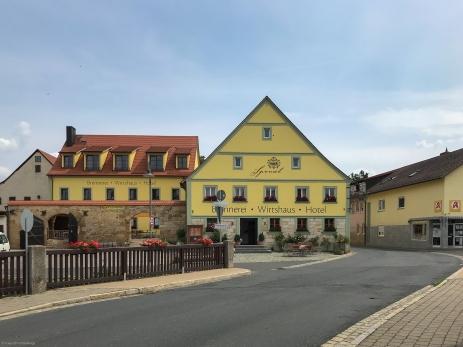 Brennerei - Wirtshaus - Hotel in Kirchehrenbach