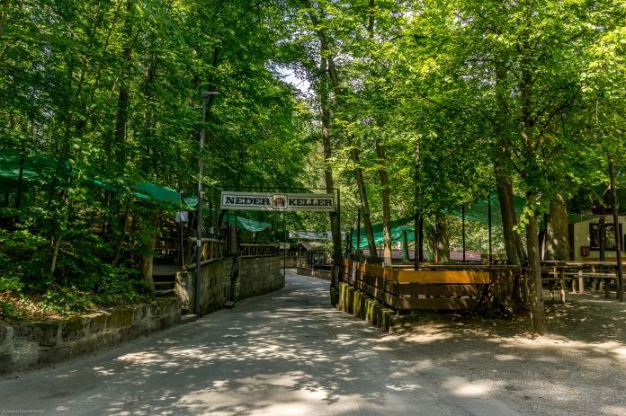 eine der zahlreichen Bierkeller im Kellerwald