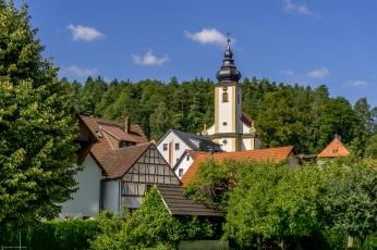 Nankendorf mit seine erhöhten Kirche